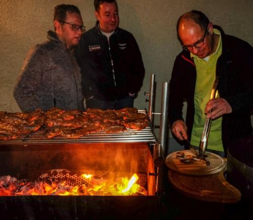 3 NWF am Grill © LL www.kingscreek.de